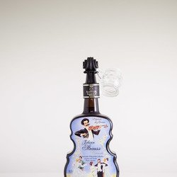 Violine Bottle Johann Strauss Finest Plum Liqueur  21% Vol. 0,5 l